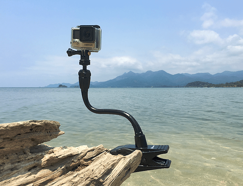 Smatree Adjustable Jaws Flex Clamp Mount on driftwood
